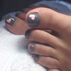 We have found the Best Toe Nail Art! Below you will find 53 Best Toe Nail Art Designs for Keeping your toes polished is a must, especially during the warmer seasons because you are likely wearin Simple Toe Nails, Cute Toe Nails, Toe Nail Art, Fancy Nails, Trendy Nails, Pink Nails, Black Toe Nails, Summer Toe Nails, Toe Nail Polish