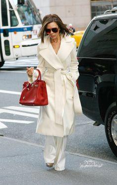 Feb. 11th - NY - Victoria heads into Bergdorf Goodman - 06 - ZIGAZIG HA! Gallery