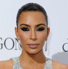 """Inspirational Makeup: Kim Kardashian in """"under-eye"""" flipped smokey Cat eyes makeup at Cannes 2016."""