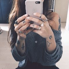 I'd love loads of small unconnected tattoos like this one day.