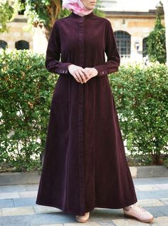 Hijab Style Dress, Hijab Chic, Iranian Women Fashion, Islamic Fashion, Moslem Fashion, Modele Hijab, Arabic Dress, Abaya Designs, Muslim Dress