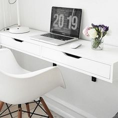 One of our favorite space-saving tricks for a small apartment is the wall-mounted desk. A wall-mounted desk is an easy way to add a work area that takes up a fraction of the space occupied by a traditional floor-bound desk — and it results in a lot less v Desks For Small Spaces, Small Apartments, Small Desk Space, Small Workspace, Workspace Design, Small White Desk, Ikea Workspace, Space Saving Desk, Studio Apartments