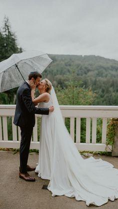 Hawaii Wedding, Boho Wedding, Wedding Gowns, Wedding Flowers, Rain Photography, Wedding Photography, Wedding Day Inspiration, Big Day, Wedding Photos