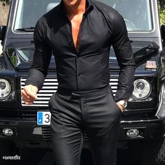 All black via by Black Casual Outfits, Black Outfit Men, Best Business Casual Outfits, Trajes Business Casual, Mode Masculine, Smart Casual, Men Casual, Shirt Tucked In, Mein Style