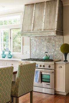 Nice Range Hood Design in this Kitchen House of Turquoise: Maine Coast Kitchen Design Kitchen Nook, Kitchen Dining, Kitchen Decor, Kitchen Ideas, House Of Turquoise, Kitchen Gallery, Beautiful Kitchens, Decoration, Home Kitchens