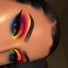 day makeup makeup slime makeup for beginners makeup for beginners eyeshadow palette morphe makeup in hindi makeup stuff makeup hooded eyes Makeup Eye Looks, Dramatic Eye Makeup, Eye Makeup Art, Beautiful Eye Makeup, Crazy Makeup, Cute Makeup, Makeup Inspo, Eyeshadow Makeup, Makeup Ideas