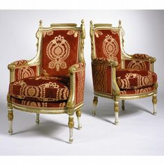 A PAIR OF NORTH ITALIAN NEOCLASSICAL STYLE PAINTED AND PARCE
