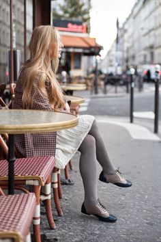 grey tights + oxford shoes