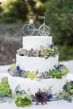 wedding cake with succulents / http://www.himisspuff.com/bicycle-wedding-ideas/12/