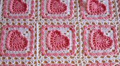Achei esta manta num site russo. achei tão linda...Manta de crochê de squares  com corações          Quem quiser se aventurar a fazer M...