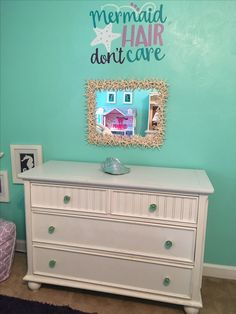 Get inspired to create an unique bedroom design for children with these mirror inspirations. Get inspired to create an unique bedroom design for children with these mirror inspirations. Little Mermaid Bedroom, Mermaid Nursery, Mermaid Bathroom, Mermaid Room, Mermaid Kids, Sea Bedrooms, Big Girl Bedrooms, Little Girl Rooms, Girls Bedroom
