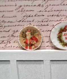 Dollhouse Miniature Porcelain Transferware Vintage Christmas Santa, Father Christmas, Pere Noel  Dinner Plate.
