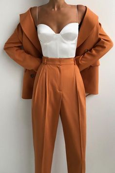 Cute Casual Outfits, Chic Outfits, Fashion Outfits, Classy Outfits For Women, Suit Fashion, Look Fashion, Elegante Jumpsuits, Elegantes Outfit, Prom Outfits