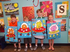 Josey's Art School is a Creativity School in Arizona for kids : Alien Spaceship Art Lesson for Kids Art Lessons For Kids, Art Lessons Elementary, Art For Kids, First Grade Art, School Art Projects, Art School, Spaceship Art, Ecole Art, Alien Art