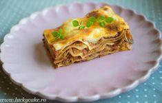Ne place mult aceasta lasagna. Este fara carne , numai buna pentru zilele de vara. Se poate adapta si pentru varianta de post, fara sos bechamel
