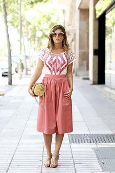 photo pink-ethnic-street-style-1_zpsc204faa6.jpg