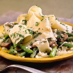Pasta with Asparagus and Mushrooms | MyRecipes.com