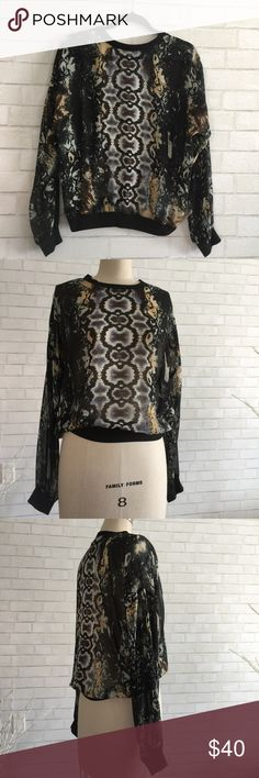 🎆Cabi printed top Gorgeous printed loose top by Cabi  Cabi loose top size Medium 100% sheer Polyester drop shoulder. Fitted waist   Ⓜ️chest 26 Ⓜ️sleeves 20 Ⓜ️length 24  ✅Bundle and save  ✅🚭 ✅ all reasonable offers will be considered 🚫No Trading 🙅🏻 Poshmark rules only‼️ CAbi Tops
