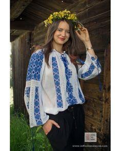 100%  handmade embroidery - worldwide shipping - Romanian Blouse - ie romaneasca - bohemian top folk costume