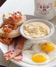 Southern brunch at Big Bad Breakfast, Oxford, #Mississippi // Best Breakfasts Around the World