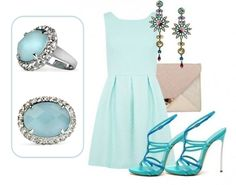 Planning a night out tonight? Try this super fun and colorful outfit, paired with the #Lolita ring in Aquamarine. Have fun!