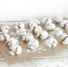 """Ma copine Lucile trouve que """" faire ses biscuits de Noël c'est trop long et trop compliqué... """" Mais alors pas du tout !!! Démonstra..."""