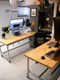 Furniture Home Office Design Ideas. Therefore, the need for house offices.Whether you are planning on including a home office or remodeling an old area into one, right here are some brilliant home office design ideas to help you get going. Diy Computer Desk, Gaming Desk, Computer Build, Gaming Setup, Diy Desk, Office Setup, Home Office Desks, Office Ideas, Office Style