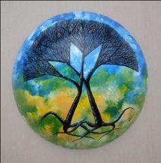 Amor Arbóreo 44 cms de diámetro Esmalte sobre fibra de vidrio 2012