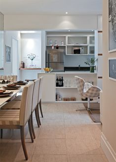 a small apartment in Brazil Modern Interior Design, Interior Design Inspiration, Style Shabby Chic, Dinner Room, Decorating Small Spaces, Cool House Designs, Small Apartments, Decoration, Ideal Home