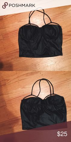 Black Pleather Strappy Crop Top Pleather strappy top with cross back. Very sexy and chic Forever 21 Tops Crop Tops