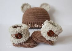 Unisex baby set, crochet baby set, baby booties, baby bear hat, fur shoes, winter boots, beanie, 0-3 months, baby shower gift, Christmas