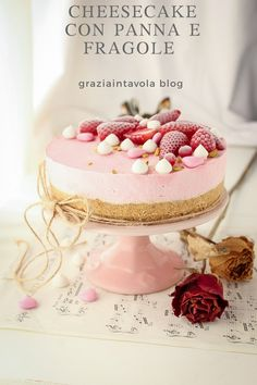 Valentine Cake, Valentines Food, Cake Recept, Italian Cake, Cheesecake Cake, Cake Photography, Strawberry Desserts, Sweet Cakes, Cakes And More