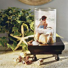 3-D Frame | Turn the seashells collected from your beach vacation into fun crafts and beautiful ways to decorate your home.