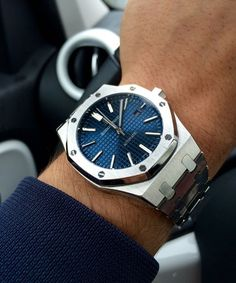 Audemars Piguet Royal Oak 15400 - Audemars Piguet Royal Oak 15400 You are in the right place about watch hand Here we offer you the m - Dream Watches, Cool Watches, Rolex Watches, Diamond Watches, Audemars Piguet Watches, Audemars Piguet Royal Oak, Ap Royal Oak, Luxury Watches For Men, Best Watches For Men