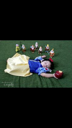 Snow White photo shoot idea
