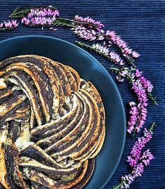 Estonský kringel – skořicový a makový Foto: Estonian Food, Sweet Life, Seeds, Dessert Recipes, Food And Drink, Cooking, Ethnic Recipes, Pie, Blog