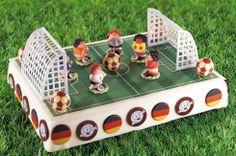 Unsere Tortenidee für den WM-Start am 12. Juni! / Our cake idea for the start of the world cup in brazil!