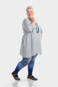 Juzo Expert Kompressionsstrümpfe in Dip Dye Färbung Blaubeere Dip Dye, Dips, Collection, Style, Fashion, Swag, Moda, Sauces, Fashion Styles