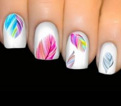 Fanciful Feathers for Gorgeous Fingernails!