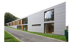 KITA , Wuppertal. Arch: Zamel, Krug. zwischenraume. EQUITONE facade materials.