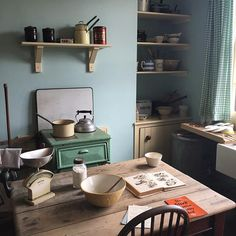 WEBSTA @ henhousehomemade - Kitchen in the 1930's house at the Black Country Living Museum.  #bclm #1930s…