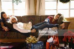 Foto de stock : Friends relaxing at Christmas