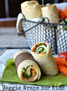if you think your kids won't eat anything green, start with these Veggie Lunch Wraps. Start mild by making some of these veggie wraps. You'll be surprised! Healthy Wraps, Veggie Wraps, Healthy Snacks, Healthy Recipes, Rice Wraps, Healthy Eating, Wrap Recipes, Lunch Recipes, Real Food Recipes