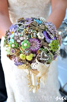 Jewelry Bouquet - Great way to use up all the jewelry we have @ Curiosity Shop. Plus it looks like a lot of fun to make.