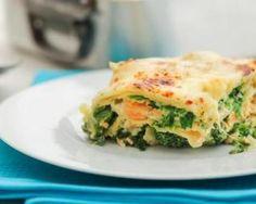 Lasagnes allégées saumon, épinards et gruyère : http://www.fourchette-et-bikini.fr/recettes/recettes-minceur/lasagnes-allegees-saumon-epinards-et-gruyere.html