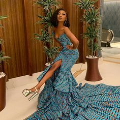 ankara mode The Ideal Family Ankara Styles For You And Your Family As weve always know ankara fabric has been sued for a multitude of fashion designs and trends of which ankara styles for African Formal Dress, African Prom Dresses, African Wedding Dress, Latest African Fashion Dresses, African Attire, African Dress, Ankara Fashion, Ghana Dresses, African Weddings