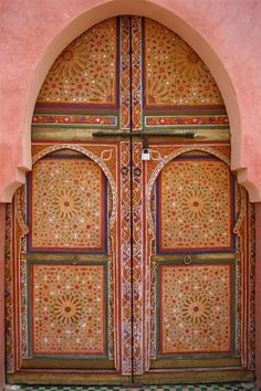 ancienne porte marocaine d coration yvelines porte marocaine pinterest. Black Bedroom Furniture Sets. Home Design Ideas