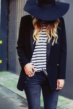 CLASSIC + EASY COMBO | PART 8 | BLAZER, STRIPES + DISTRESSED DENIM - Le Fashion
