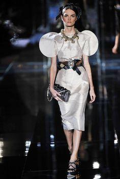 Dolce & Gabbana Spring 2009 Ready-to-Wear Fashion Show - Anouck Lepère