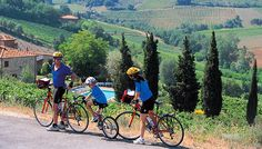 During your stay at Villa Armena, ask about our relaxing bike-ride tours through the Sienese countryside! A tour combining good food, wine and fun for the whole family! #boutiquehotel #luxuryhotel #italy